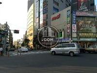 駅周辺 目黒駅前の交差点
