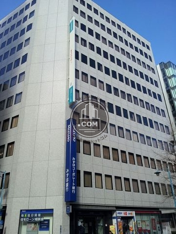 日本生命新宿西口ビル 外観写真