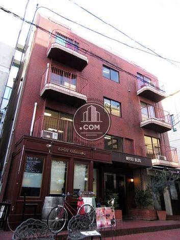 明成ビルの外観写真
