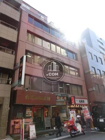 日本工築1号館ビルの外観写真