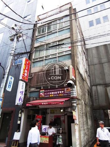 三栄ビル 外観写真