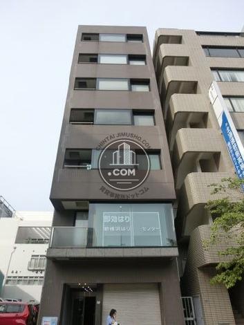新横浜成田ビルの外観写真