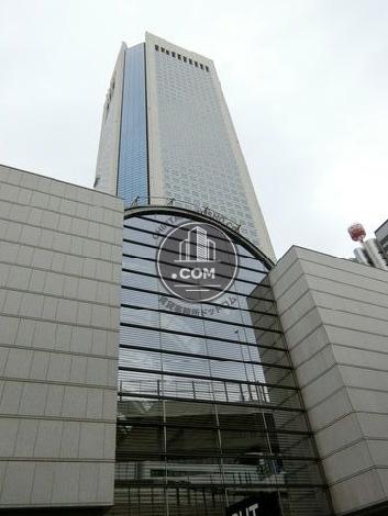 東京オペラシティの外観写真