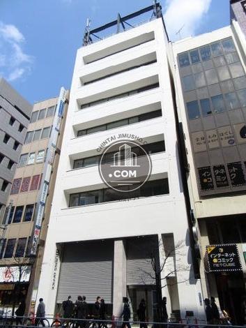 クロスオフィス新宿の外観写真
