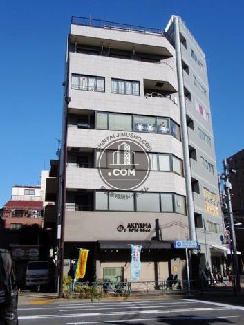 秋山ビルの外観写真
