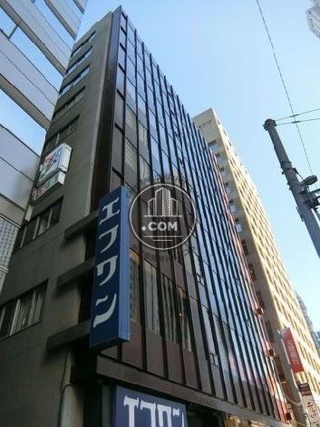 新宿ロイヤルビルの外観写真