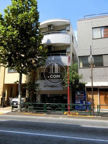 アルペン新宿 外観写真