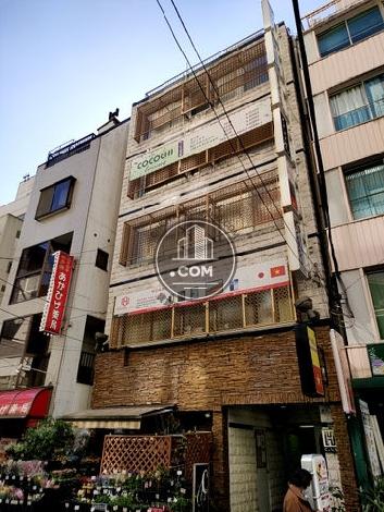 国際ビルの外観写真