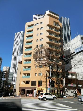 西新宿PINE NEEDLE 外観写真