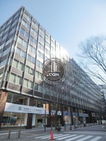 新国際ビルの外観写真