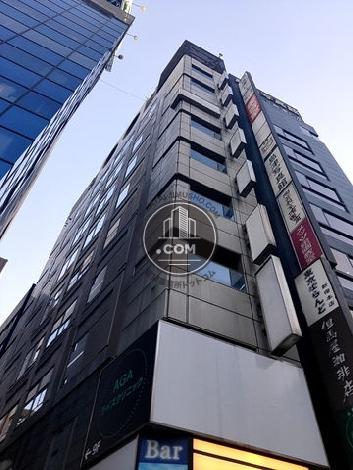 新宿成和ビルの外観写真