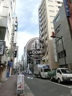 京橋駅方面へ向かう通りです