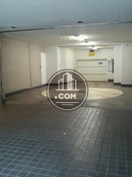 ビル内の機械式駐車場