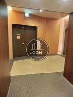 四階エレベーター前