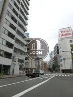 京橋エリアへ向かう公道です