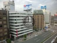 前面道路は桜田通りです