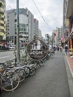 新宿駅方面の様子