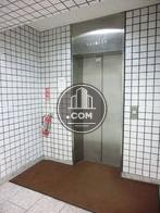 エレベーターは1基設置されています