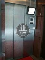 右上にエレベーター内が映し出されます