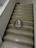 内階段の上がり口前