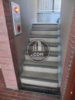 階段上り口前