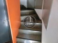 ビル階段になります