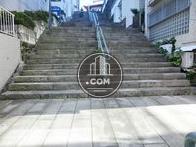 全面の階段の様子