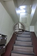 階段上の照明も明るいですね