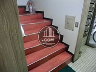 幅の広い階段です