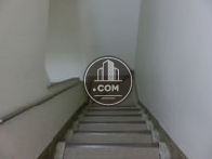 地下階段になります