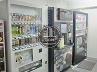自動販売機スペースです