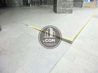 床面にはスロープ加工が施されています