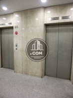 エレベーターが二基ございます