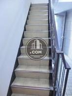 内階段の上り口