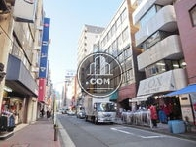小伝馬町駅方面へ向かう公道です
