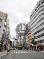 新宿御苑前駅方面