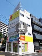 アールトップ高井戸駅前ビルの外観写真