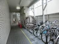 駐車場だけでなく、駐輪場もございます