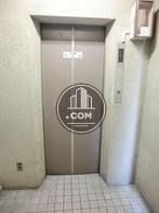 6名乗りのエレベーターになります