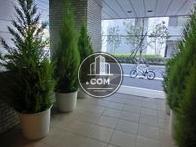 植栽が良い雰囲気造りをしています
