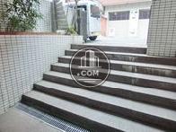 エントランス前の階段
