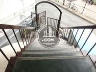 1階に行く階段です