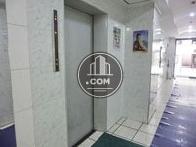 6人乗りエレベーターが1基です