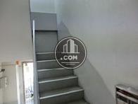 上層階へも階段で行きます