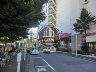 物件前の渋谷駅方向