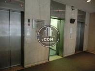 余程の事がない限り、1階にエレベーターが居ます