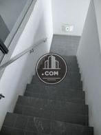 2階部分の階段です