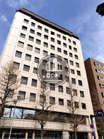 関内新井ビルの外観写真