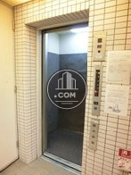 6人乗りエレベーターです