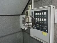 各階専用の機械警備が設置されています